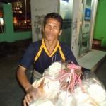 Penjual Kerupuk Tunanetra