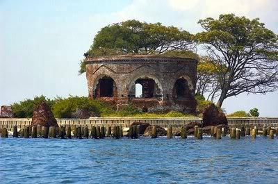 pulau-onrust-tempat-voc-menyimpan-harta-karun